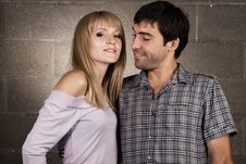 Free Young Cheerful Couple Royalty Free Stock Images - 14655229