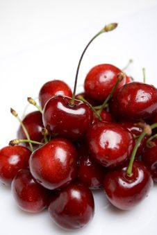 Free Sweet Cherries Royalty Free Stock Photo - 14660125