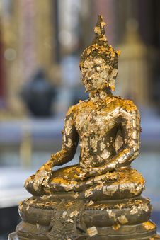 Free Buddha With Gold Leaves Royalty Free Stock Photography - 14662747