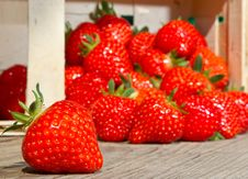 Free Strawberries In A Basket Royalty Free Stock Photo - 14664285