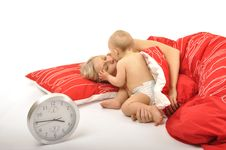 Free Baby Waking Up Mummy Royalty Free Stock Images - 14667299
