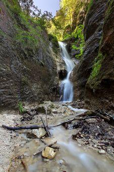 Free Waterfall Royalty Free Stock Photos - 14669118