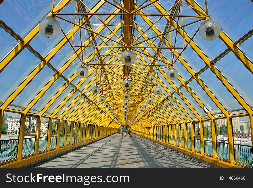 The glass bridge.