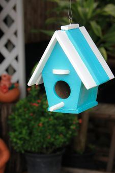 Free Bird House Royalty Free Stock Photo - 14670755