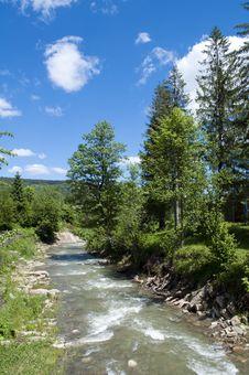 Free Mountainous River Royalty Free Stock Photo - 14674395
