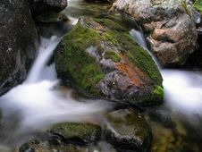 Free Mountain Stream Stock Images - 14674904