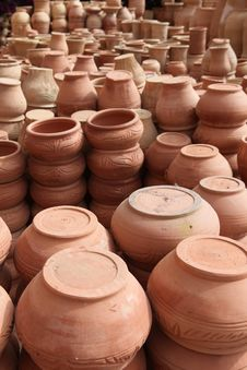 Free Traditional Pot Clays Royalty Free Stock Photo - 14675215