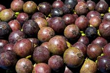 Free Mangosteen Fruits Royalty Free Stock Images - 14681569