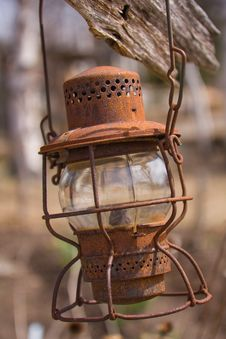 Free An Old Rusty Oil Lamp Stock Images - 14683744