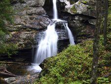Free Beautiful Waterfall Stock Photo - 14686810