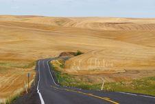 Free The Road To Wheat, Palouse, Washington Royalty Free Stock Images - 14686979