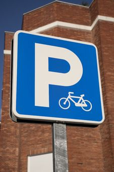 Free Bicycle Parking Sign Royalty Free Stock Photos - 14688468