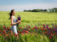 Free Girl In Field Royalty Free Stock Images - 14689249