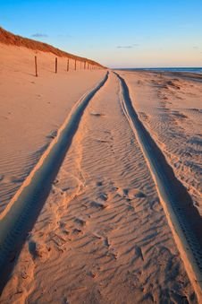 Free Beautiful Sunset At The Beach With Sand Dunes Stock Photography - 14693532