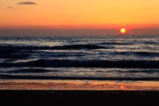 Free Beautiful Sunset In The Ocean Stock Image - 14693651