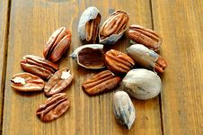 Free Pecan Nut Royalty Free Stock Image - 14697316