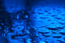 Free Reflective Drops On Surface Royalty Free Stock Photos - 14698148