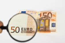 Free Magnifying Fifty Euro Royalty Free Stock Photos - 14699208