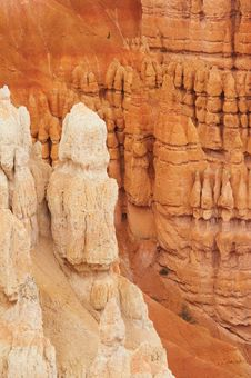 Free White Hoodoos - Bryce Canyon Royalty Free Stock Photos - 1472008