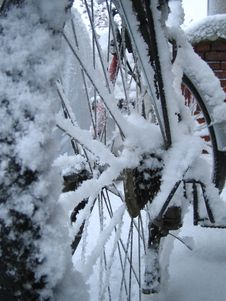 Free Snowy Bike Stock Images - 1473434