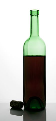 Free Bottle Of Red Wine Stock Photos - 1476503