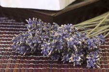Free Dried Lavender Bunch And Soap Royalty Free Stock Images - 1476909