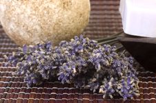 Free Dried Lavender Bunch And Soap Royalty Free Stock Photography - 1479457