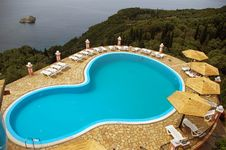 Free Luxurious Swimming Pool. Royalty Free Stock Image - 14700066