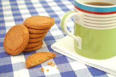 Free Coffee And Biscuits Royalty Free Stock Images - 14700529