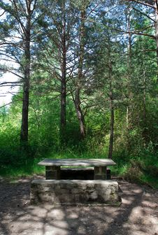 Free Table Of Pic-nic Stock Images - 14701764