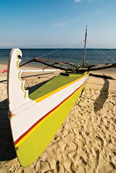 Free Outrigger Boat Stock Photography - 14702652