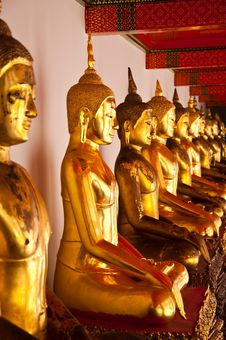 Free Face Of Buddha In Wat Pho Royalty Free Stock Image - 14703316