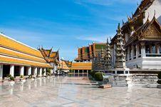 Free Wat Suthat Thai Temple Royalty Free Stock Image - 14703546
