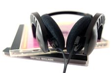 Free Headphones With Music Cd Royalty Free Stock Photography - 14704817