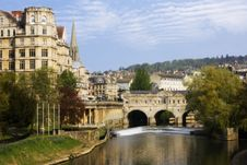 Free View Of The Pulteney Bridge Royalty Free Stock Photography - 14706647