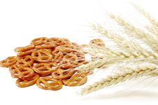 Free Ear Of Wheat And Baked CrackersК Royalty Free Stock Photos - 14706838