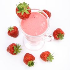 Free Strawberry Shake Royalty Free Stock Image - 14707526