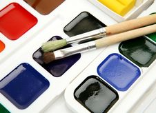 Free Paints And Brushes Royalty Free Stock Photo - 14707765