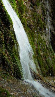Free Waterfall Royalty Free Stock Photos - 14709668