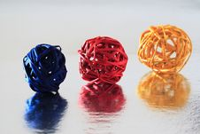 Free Colored Balls Royalty Free Stock Photos - 14712828