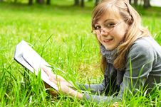 Free The Girl Reads The Book Stock Photo - 14720240