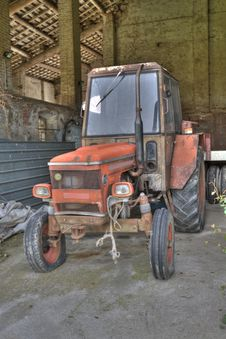 Free Ancient Tractor Royalty Free Stock Photos - 14720308