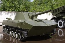 Free Soviet Military Tank Stock Images - 14720614