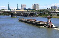Free Push Boat & Barge. Stock Photos - 14723863