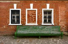 Free Old Benches And A Brick Wall Stock Photography - 14725972