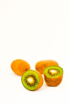 Free Kiwi Fruits In White Background Royalty Free Stock Photo - 14726775