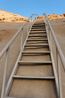 Free Desert Staircase Royalty Free Stock Image - 14727876