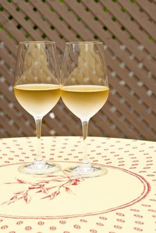 Free Two Glasses Of White Wine Royalty Free Stock Image - 14728666