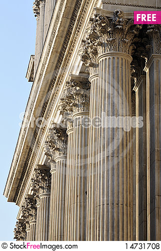 Free Sculpted Columns Of Saint Paul S Cathedral Royalty Free Stock Photos - 14731708