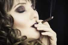 Free Girl Smoking A Cigarette Royalty Free Stock Photos - 14733478